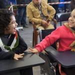 I bambini comunicano facilmente con i disabili