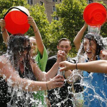 Ice Bucket per richiamare l'attenzione sulla SLA