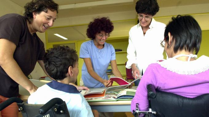 scuola-disabile-soldi-sostegno