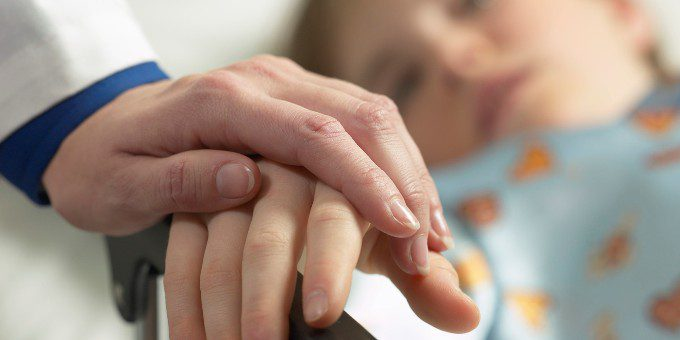 I pareri divergenti sull'eutanasia di Gilbert Meilaender e Udo Schuklenk