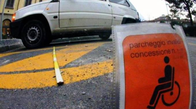 Parcheggio per la sosta riservata ai disabili