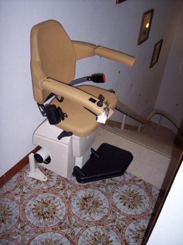 Montascale per disabili usato