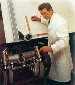 Cav. Emilio Toselli a lavoro