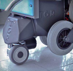 montascale elettrico e sedia a rotelle
