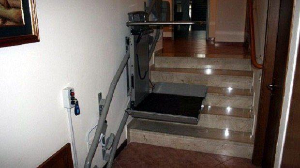 installazione servoscala per carrozzina in Veneto