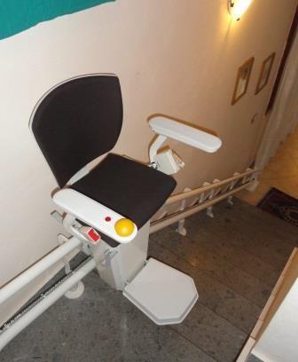 Montascale per disabili normativa